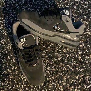 Nike air max black on grey
